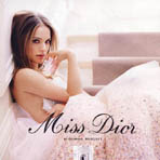 "Натали Портман в рекламе ""Miss Dior Blooming Bouquet"""