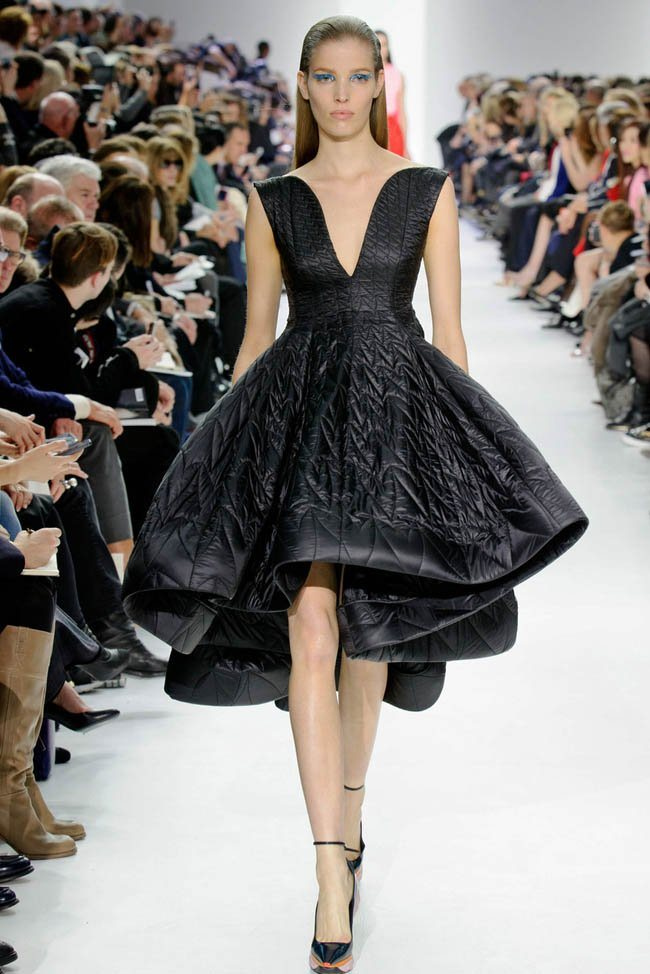dior-fall-winter-2014-show39.jpg
