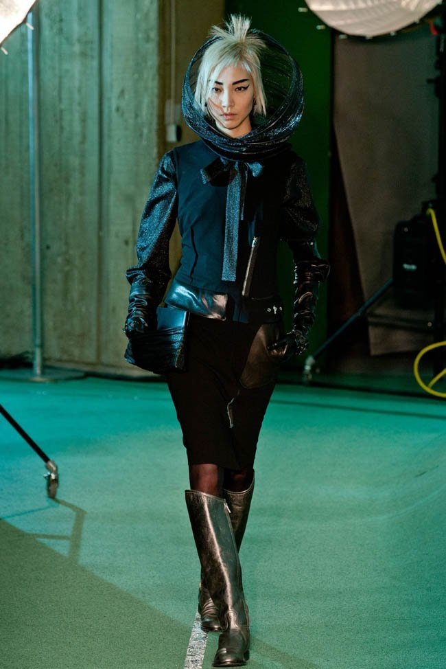 jean-paul-gaultier-fall-winter-2014-show29.jpg