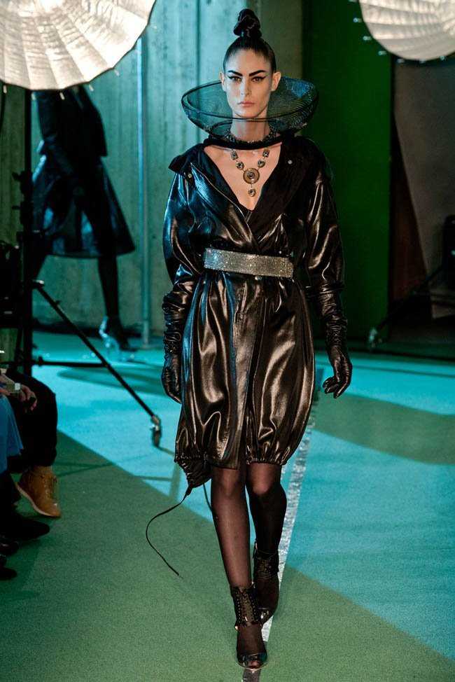 jean-paul-gaultier-fall-winter-2014-show39.jpg