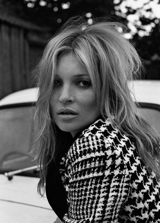 716x1000xkate-moss-outdoor-shoot2_jpg_pagespeed_ic_Qsi7W07f-a.jpg