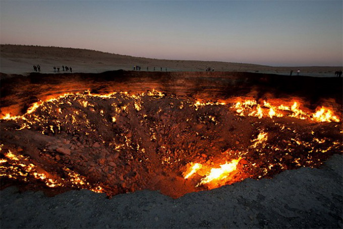 The-Door-to-Hell1-640x428.jpg