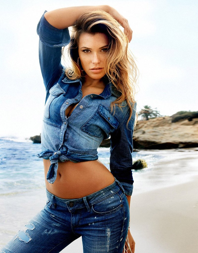 800x1018xguess-spring-summer-2014-campaign121_jpg_pagespeed_ic_QiUgBKNfDr.jpg