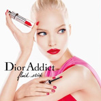Саша Лусс в рекламе Dior Addict Fluid Sitck