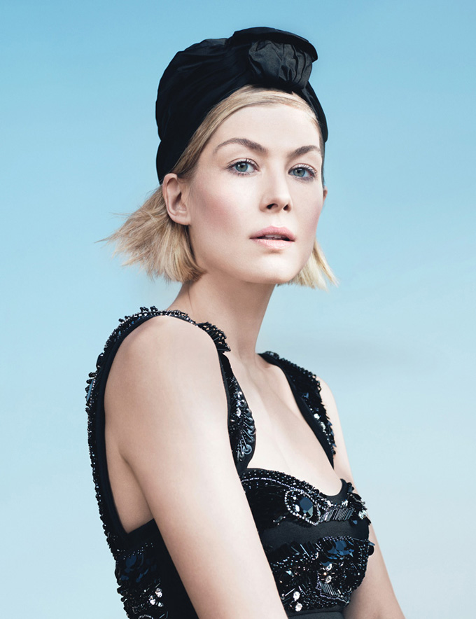 Rosamund-Pike-W-Magazine-Beauty-Issue-05.jpg
