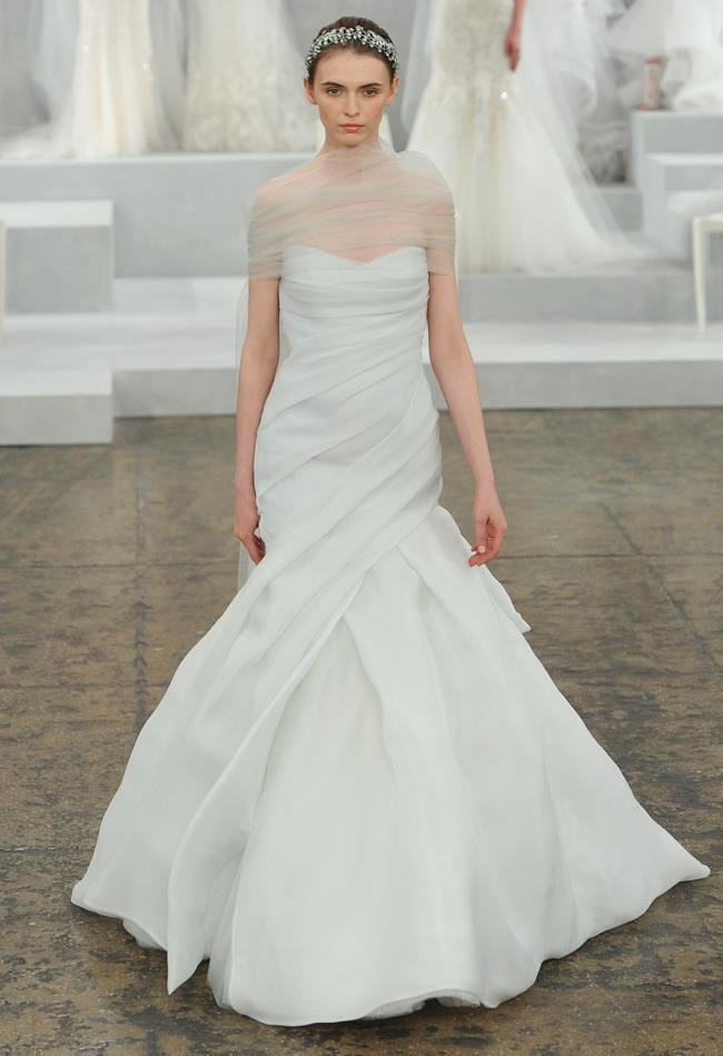 monique-lhuillier-spring-2015-bridal-photos14.jpg