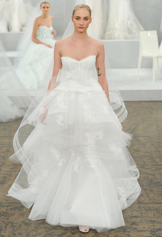 monique-lhuillier-spring-2015-bridal-photos17.jpg