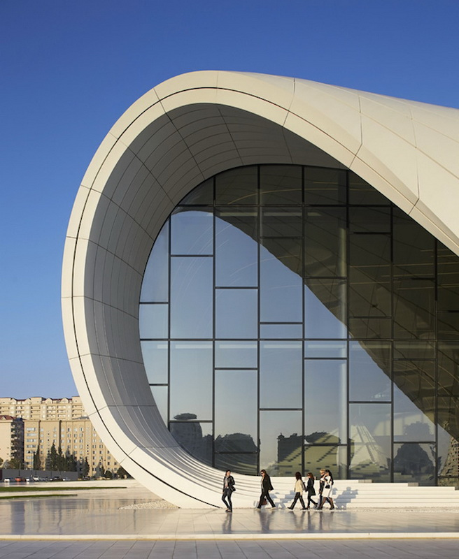 0-heydar-aliyev-center-by-zaha-hadid-architects-photo-by-Hufton-and-Cro.jpg