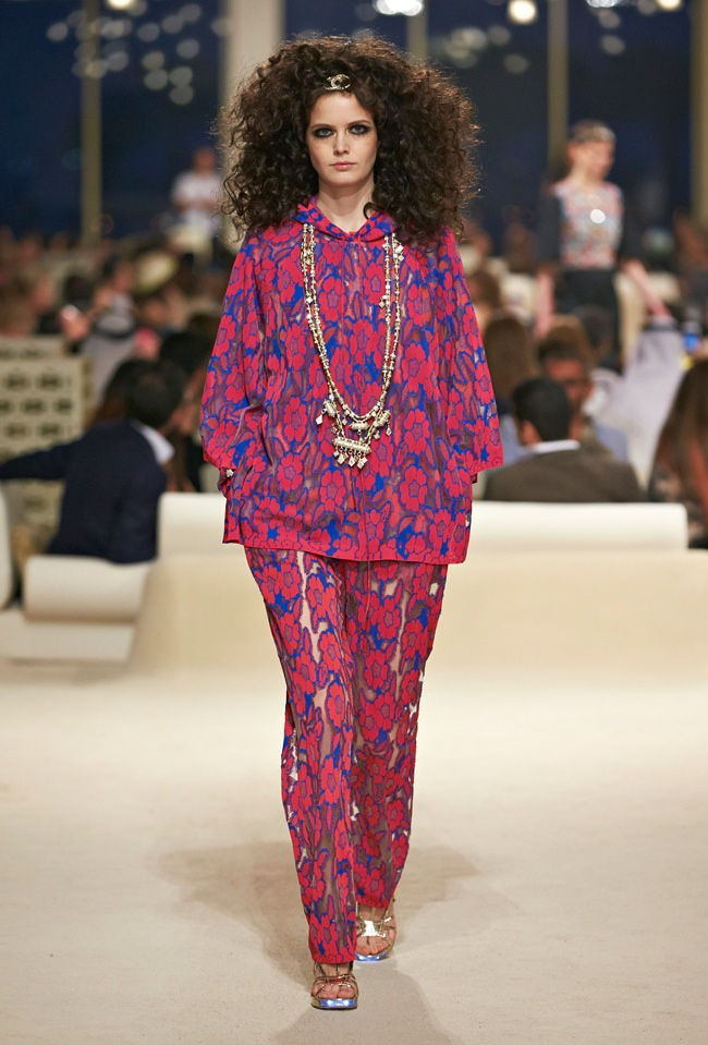 chanel-cruise-2015-show-photos-34.jpg