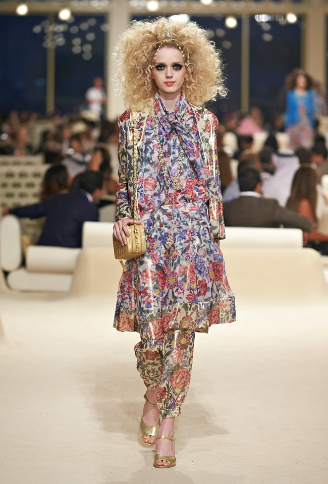 chanel-cruise-2015-show-photos-42.jpg
