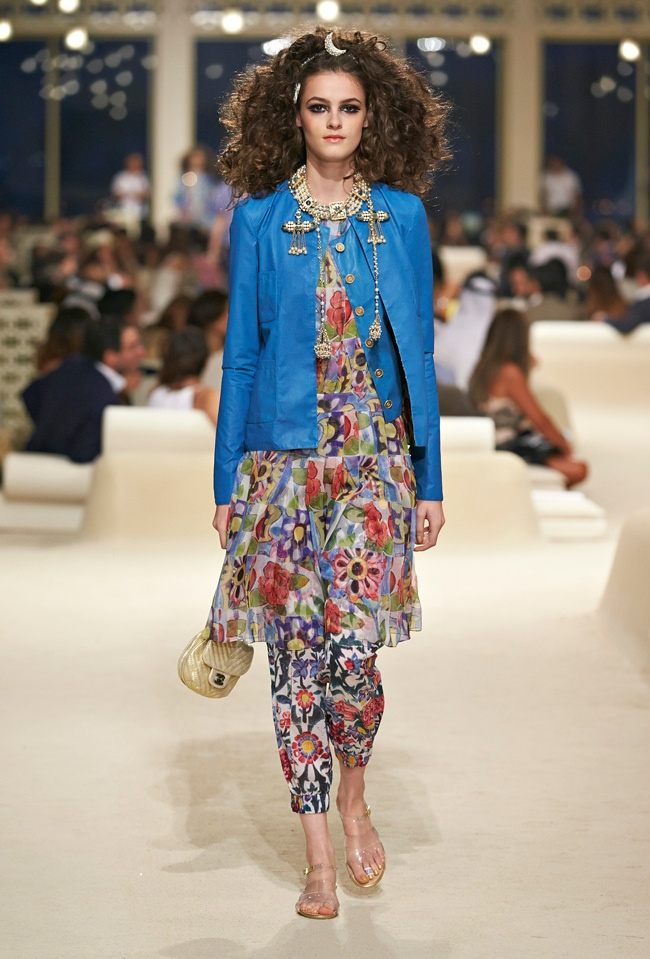 chanel-cruise-2015-show-photos-45.jpg