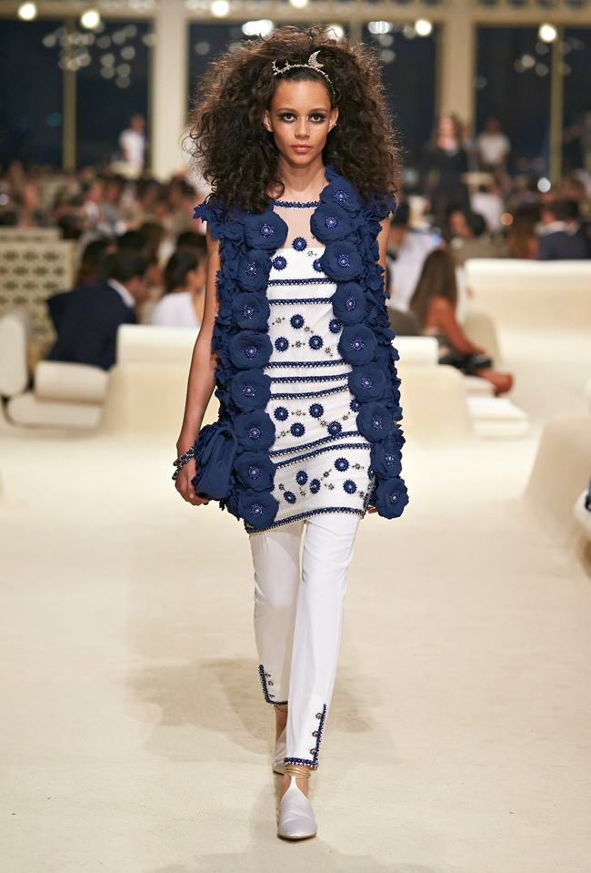 chanel-cruise-2015-show-photos-67.jpg