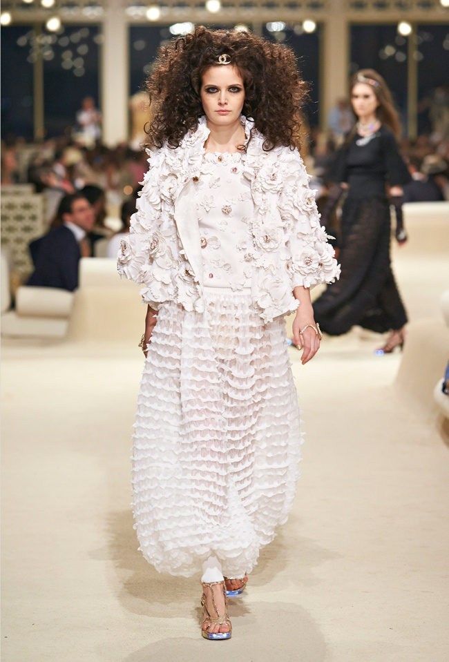 chanel-cruise-2015-show-photos-69.jpg