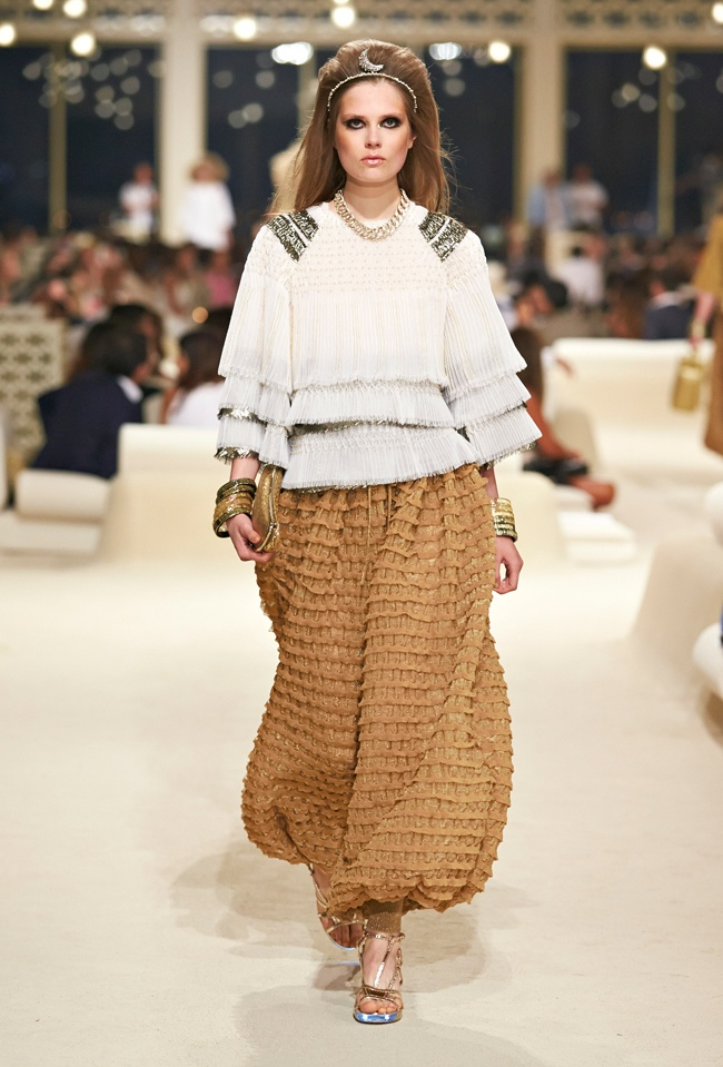 chanel-cruise-2015-show-photos-71.jpg