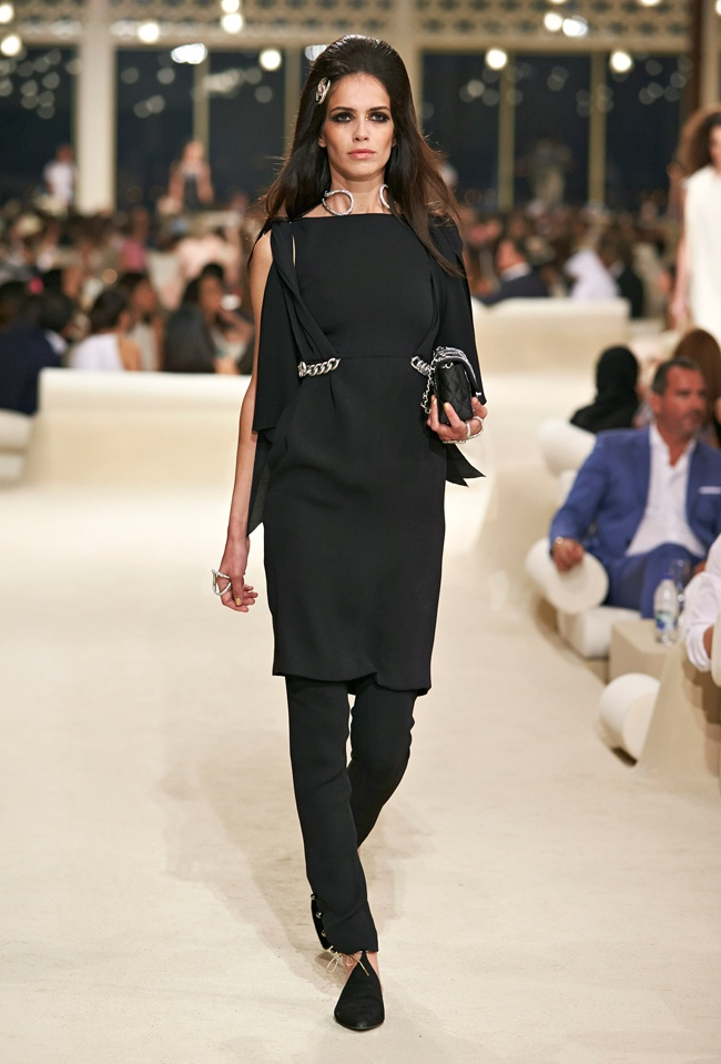 chanel-cruise-2015-show-photos-77.jpg
