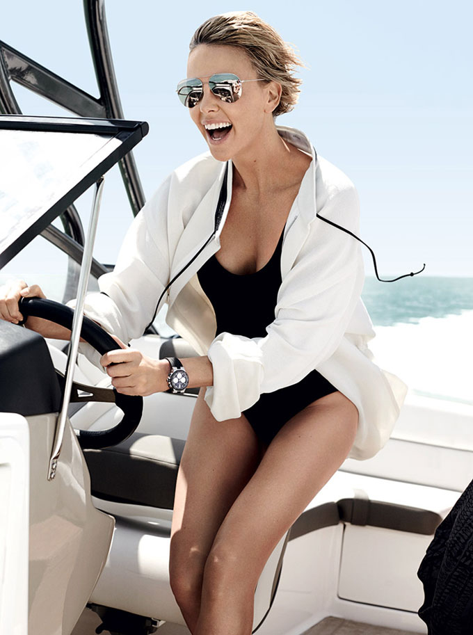Charlize-Theron-Vogue-US-Mario-Testino-08.jpg