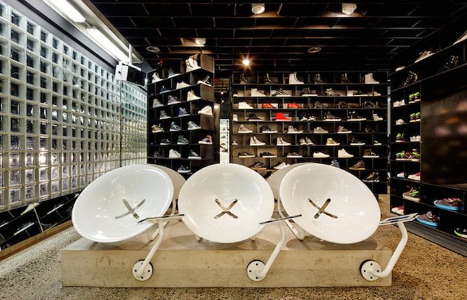 Sneakerboy-Melbourne-Store-by-March-Studio_05.jpg