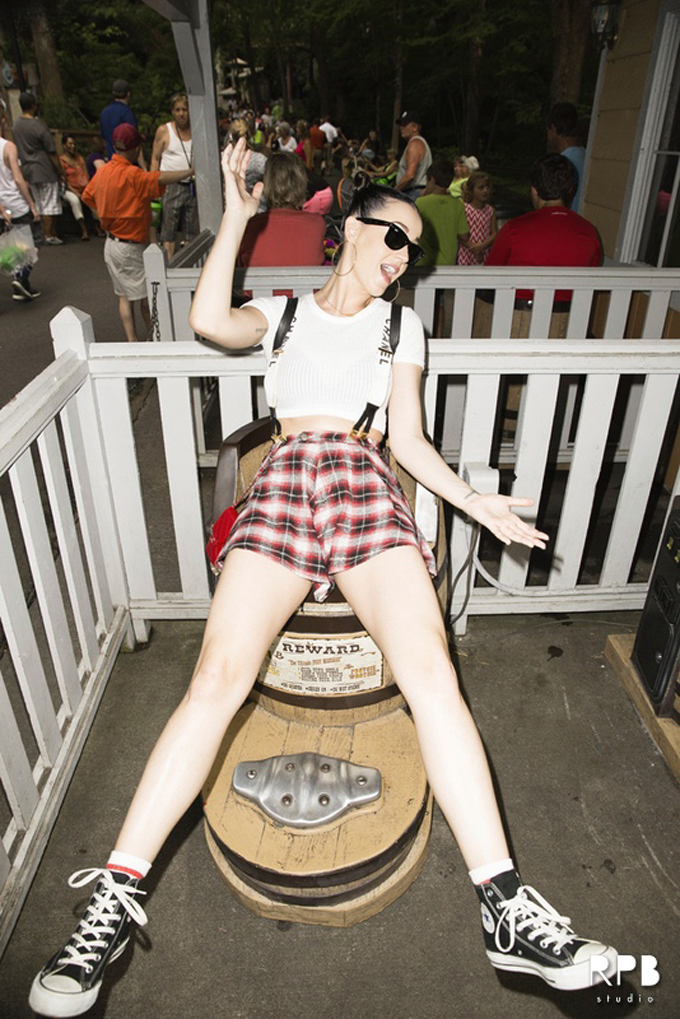 katy-perry-topshop-dollywood-photo7.jpg