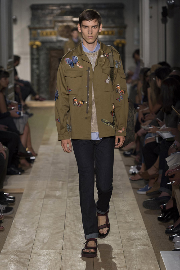 Valentino-Spring-Summer-2015-Menswear-Collection-02.jpg