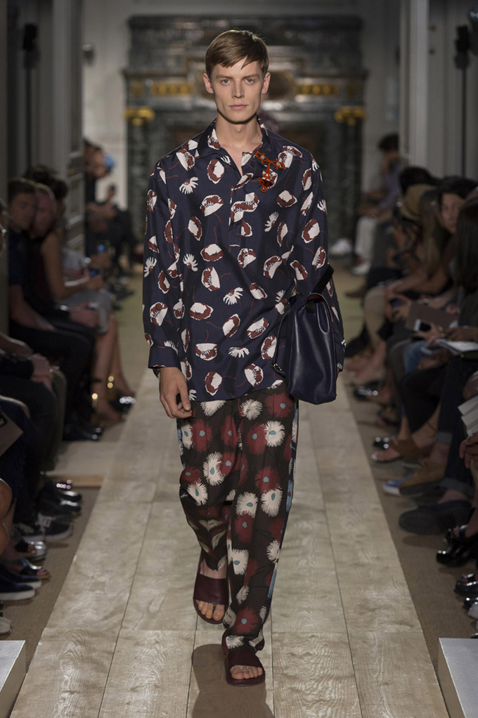 Valentino-Spring-Summer-2015-Menswear-Collection-21.jpg