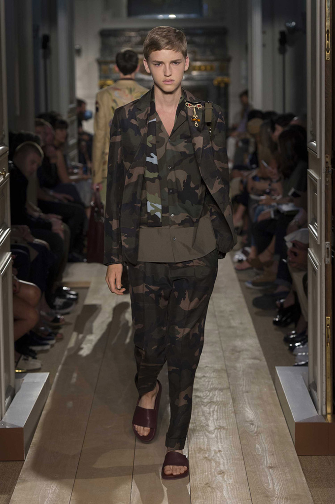 Valentino-Spring-Summer-2015-Menswear-Collection-40.jpg