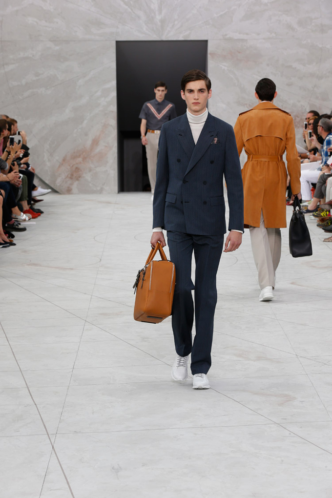 Louis-Vuitton-Spring-Summer-2015-Menswear-Collection-02.jpg
