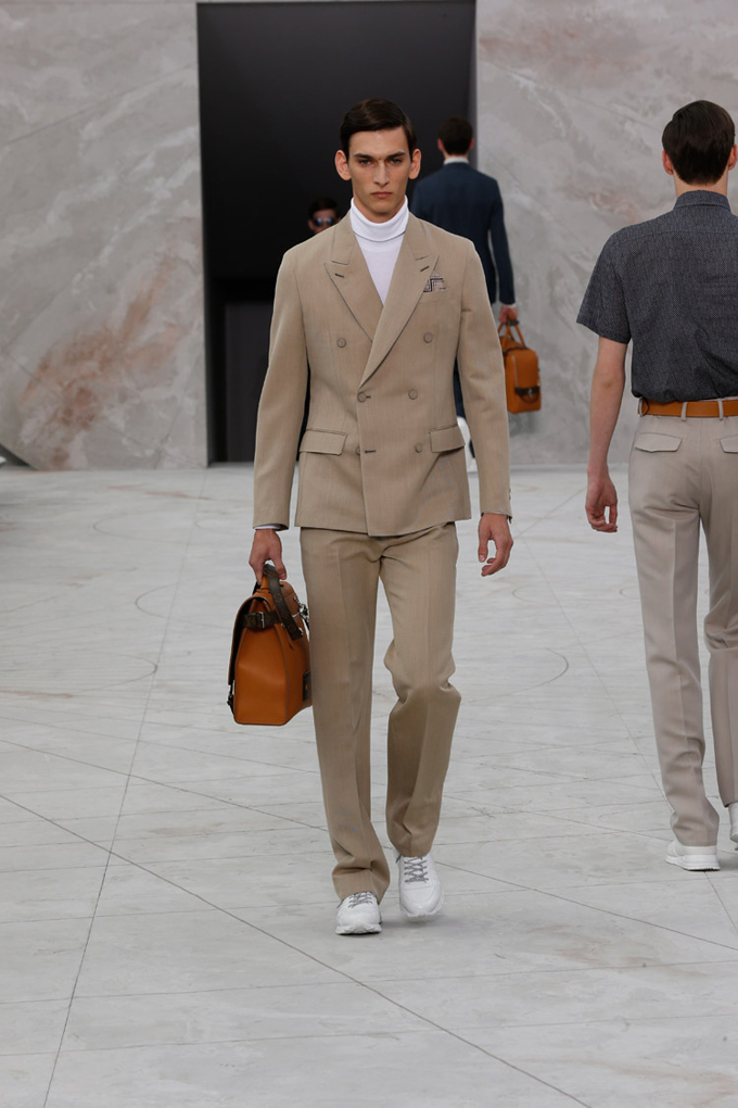 Louis-Vuitton-Spring-Summer-2015-Menswear-Collection-04.jpg