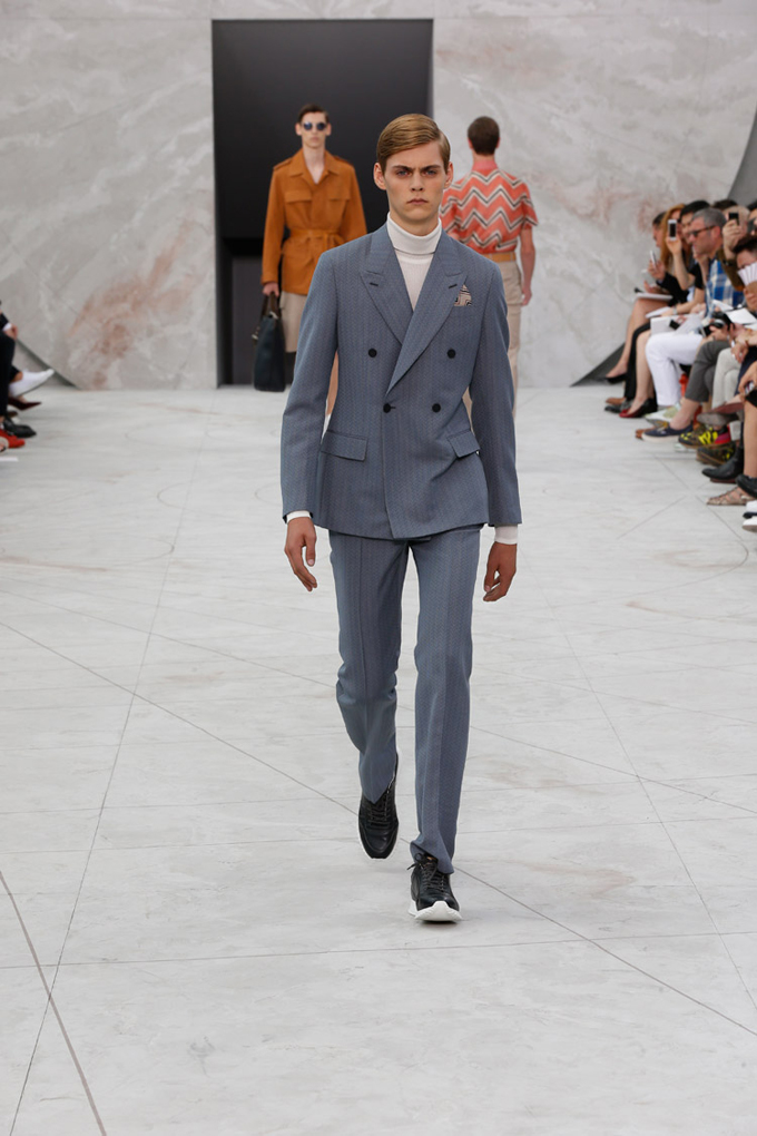 Louis-Vuitton-Spring-Summer-2015-Menswear-Collection-08.jpg