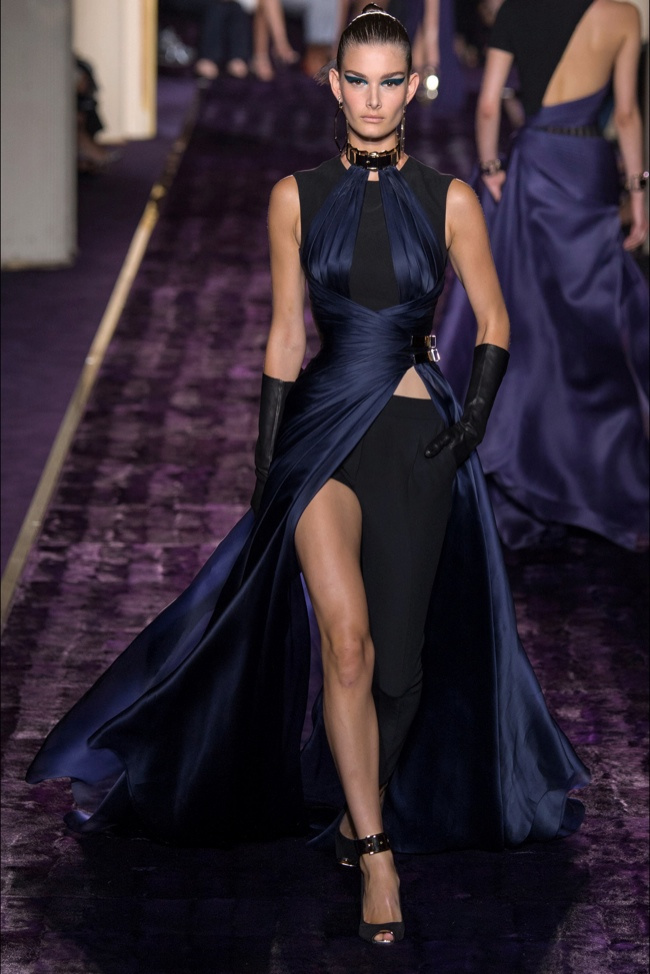atelier-versace-2014-fall-haute-couture-show17.jpg
