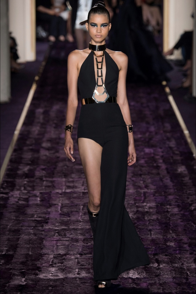 atelier-versace-2014-fall-haute-couture-show18.jpg