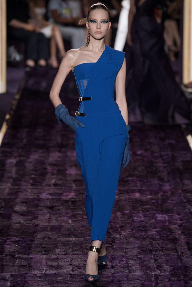 atelier-versace-2014-fall-haute-couture-show9.jpg