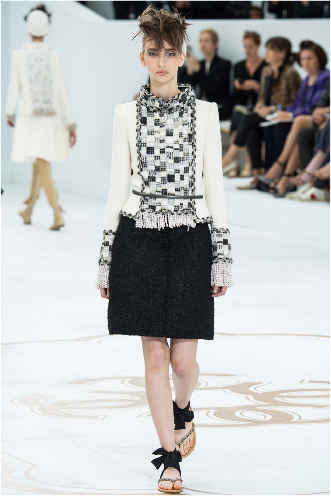 chanel-haute-couture-2014-fall-show1.jpg
