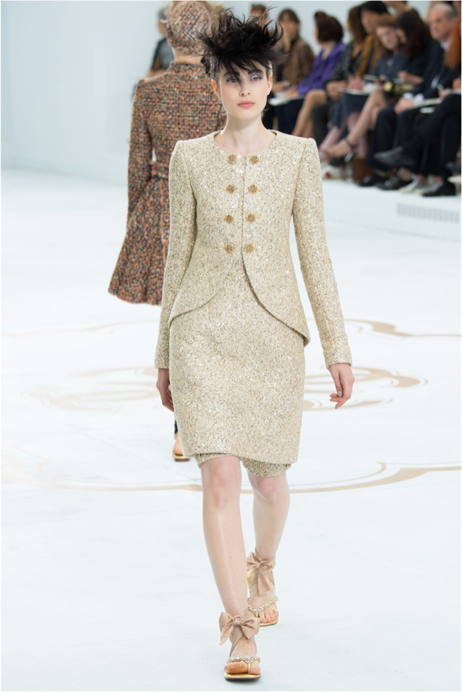 chanel-haute-couture-2014-fall-show11.jpg