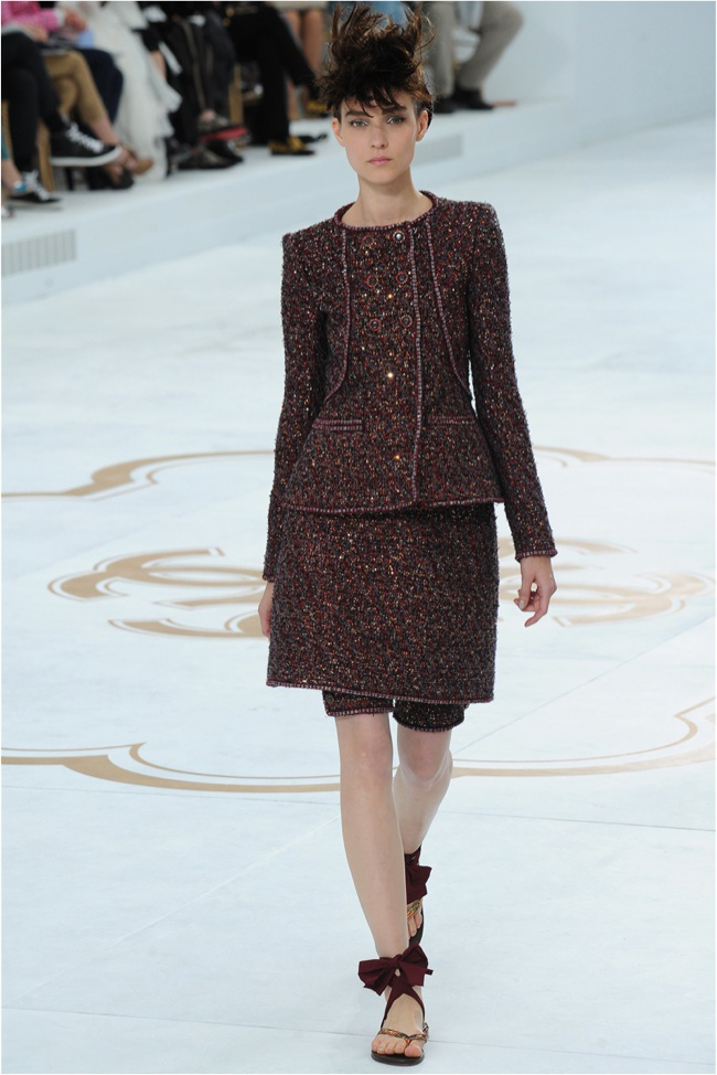 chanel-haute-couture-2014-fall-show19.jpg