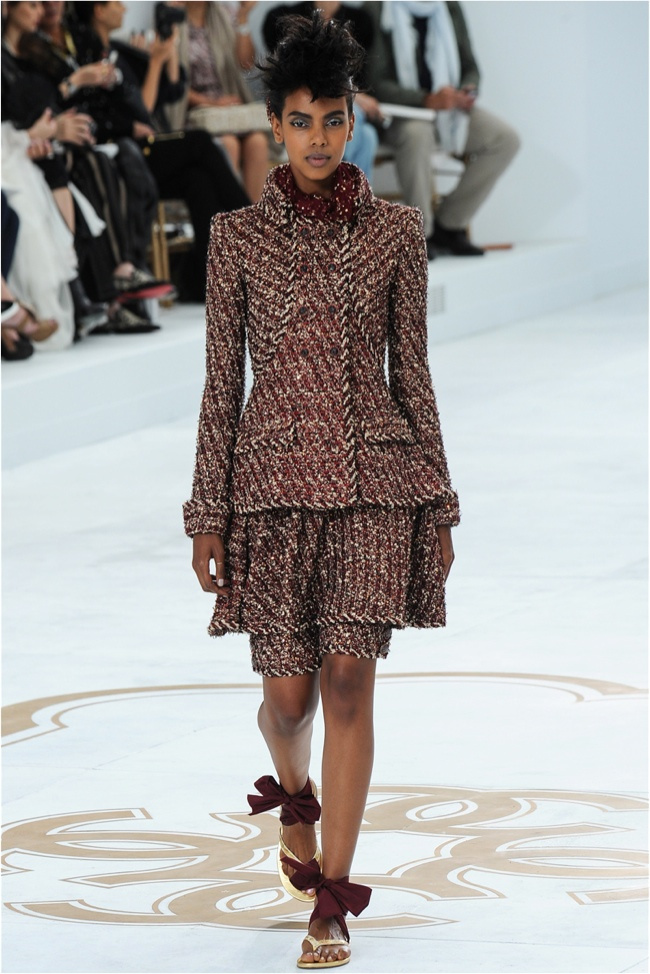 chanel-haute-couture-2014-fall-show20.jpg