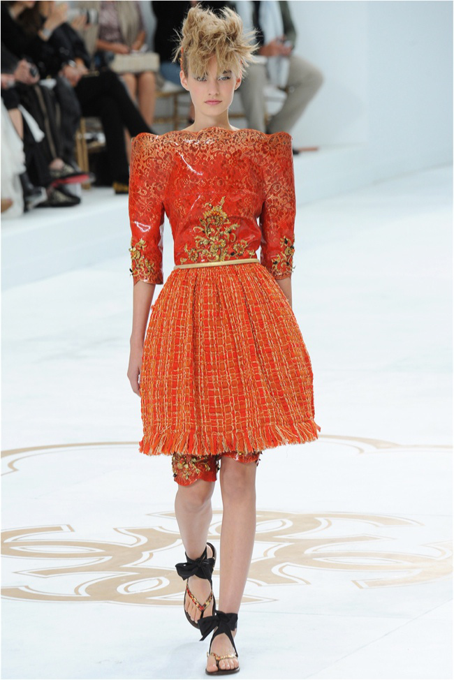 chanel-haute-couture-2014-fall-show24.jpg