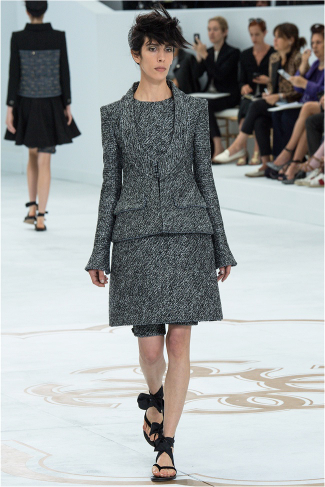 chanel-haute-couture-2014-fall-show3.jpg