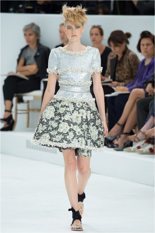 chanel-haute-couture-2014-fall-show40.jpg