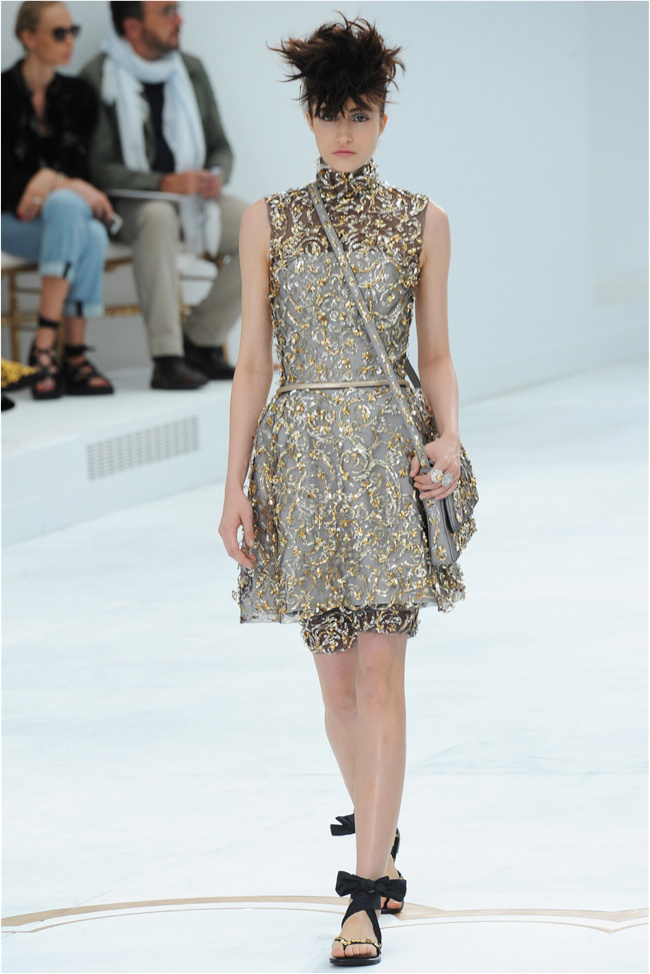 chanel-haute-couture-2014-fall-show46.jpg