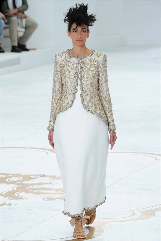 chanel-haute-couture-2014-fall-show58.jpg