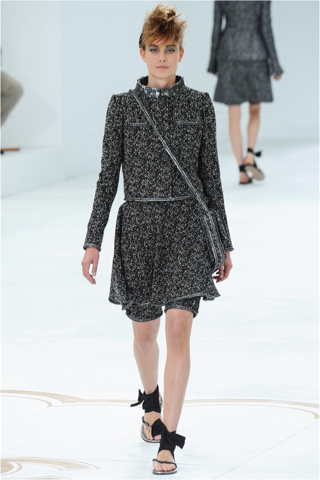 chanel-haute-couture-2014-fall-show6.jpg