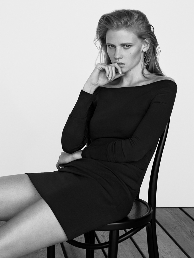 lara-stone-body-shoot4.jpg