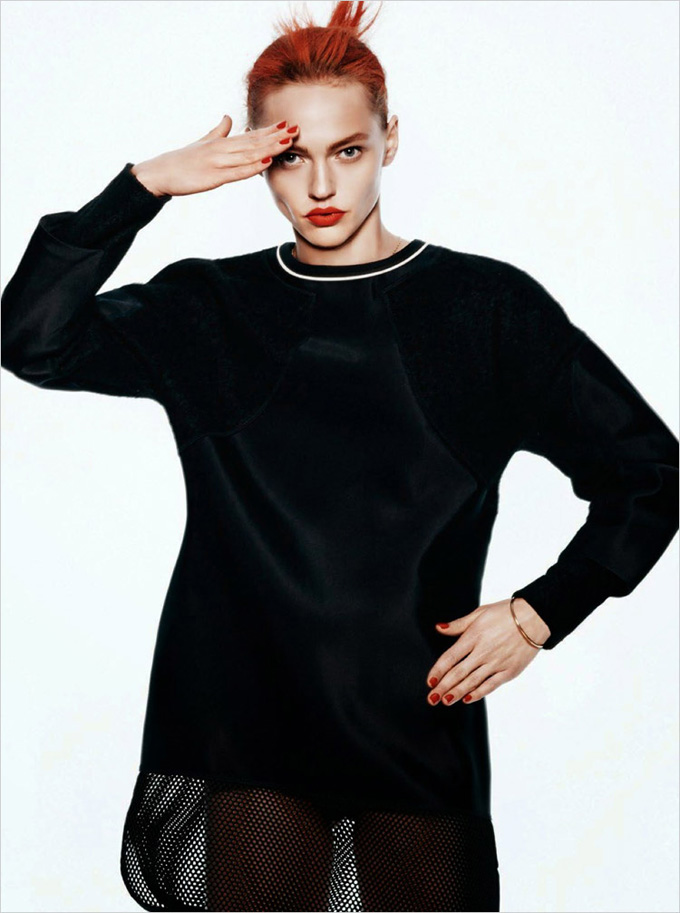 Sasha-Pivovarova-Vogue-Paris-David-Sims-13.jpg