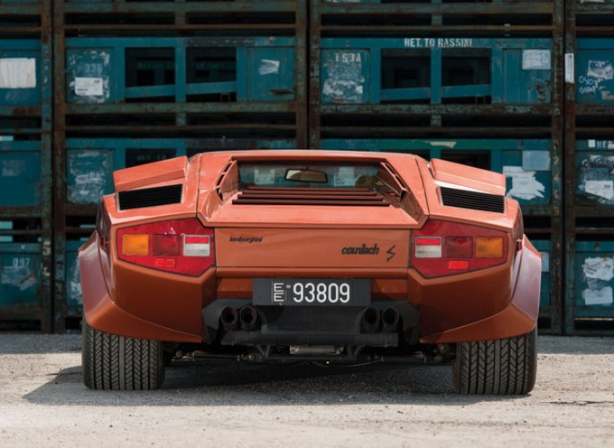 Original-1979-Lamborghini-Countach-for-Sale-640x_08.jpg