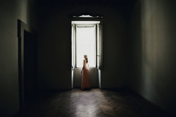 Atmospheric-Portraits-by-Alessio-Albi-1-640x438.jpg