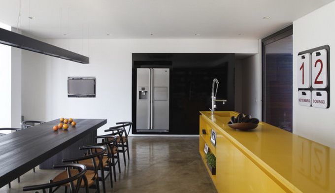 londrina-house-by-architect-guilherme-torres-8.jpg