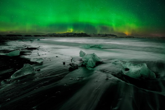 Iceland-Photography-by-David-Martin-Castan1-640x_10.jpg