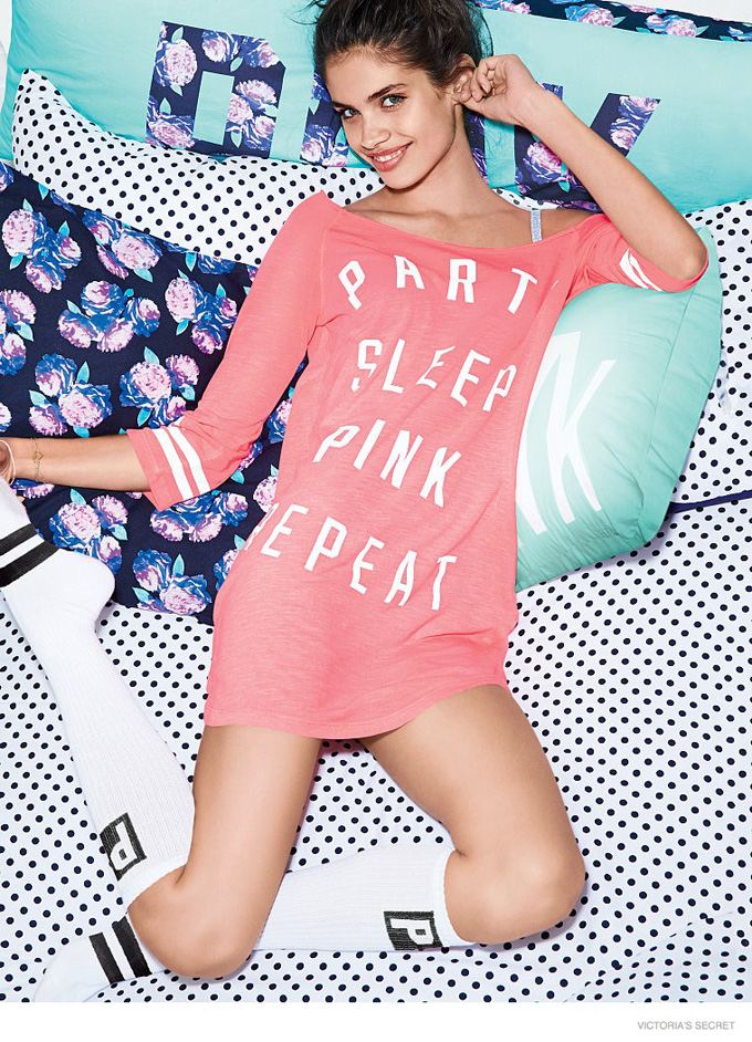 sara-sampaio-victorias-secret-pink-2014-08.jpg