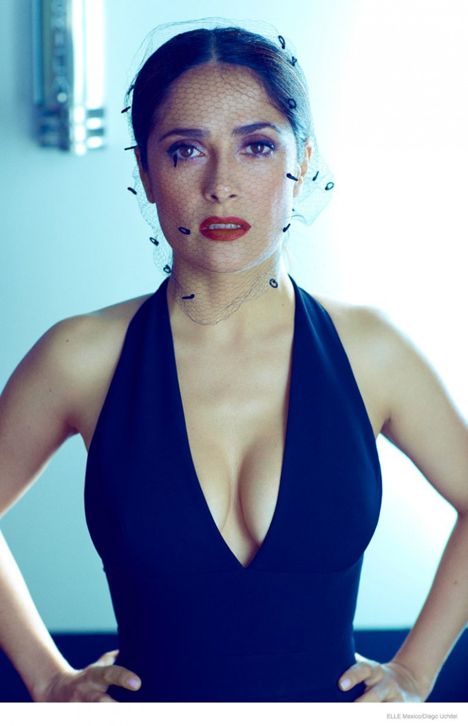 salma-hayek-fashion-shoot-2014-10-774x1200.jpg