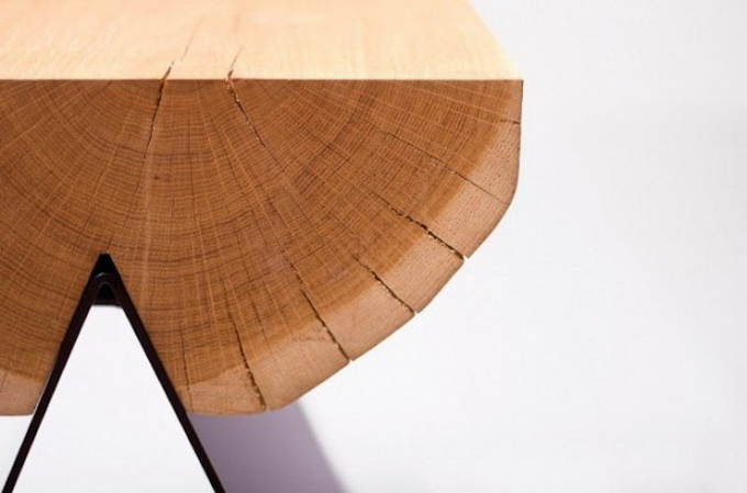 Wooden-Stool-by-WitaminaD1-640x461.jpg